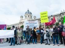 PsychotherapeutInnen, ÄrztInnen, PsychologInnen, PatientInnen protestieren